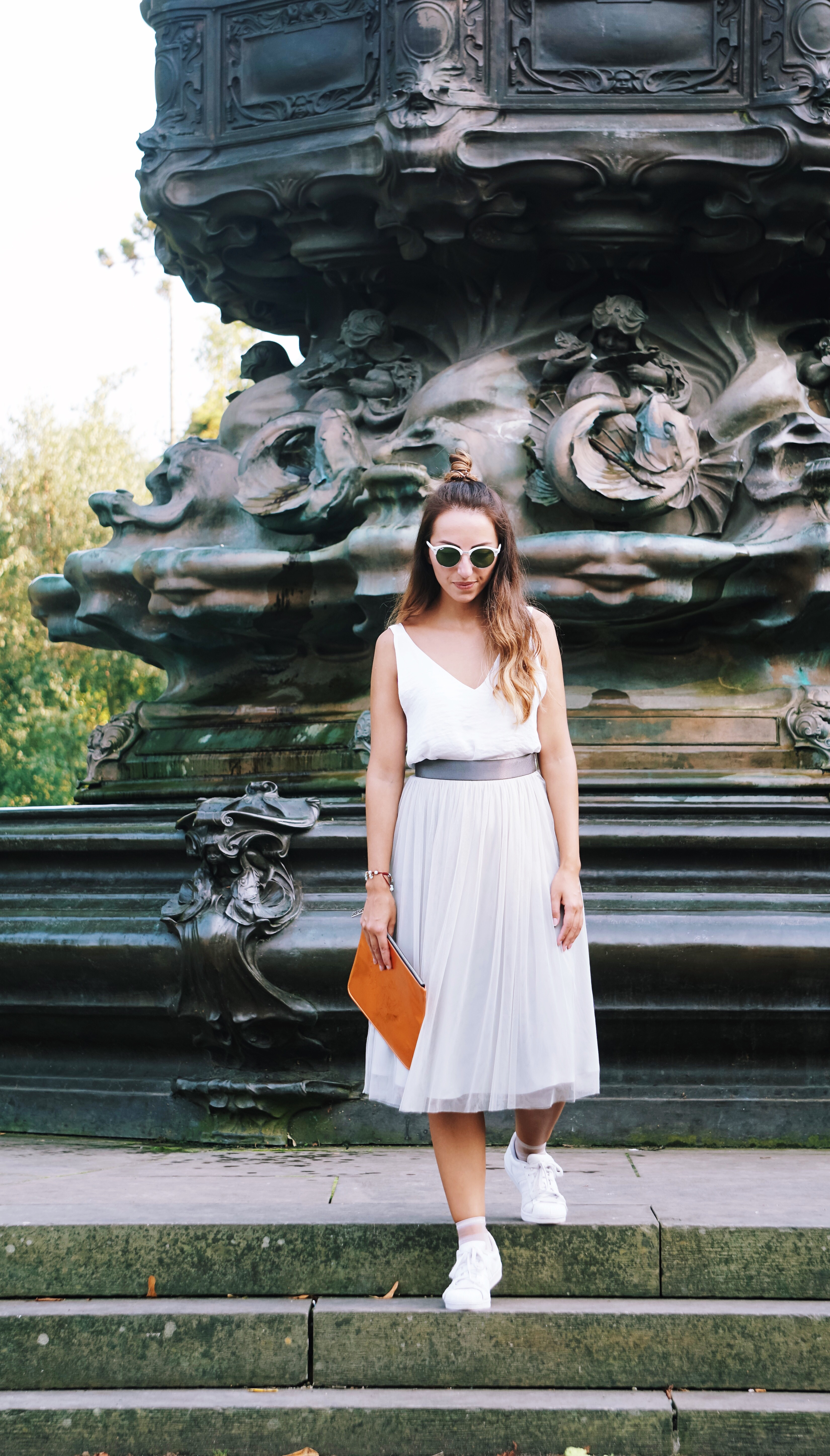 Hyphy Hip, tulle skirt, hyphyhip, Rayban, reiss, fashion blogger, OOTD, outfit post, kenzo